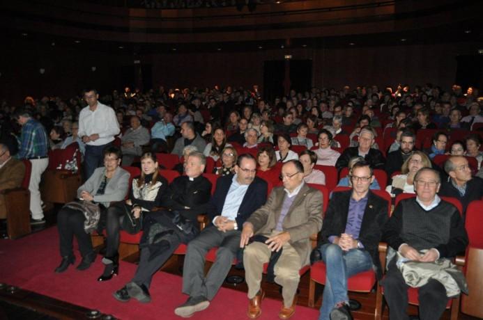 Teatro Solidario 2016